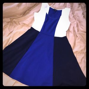 The Limited color block dress size Medium